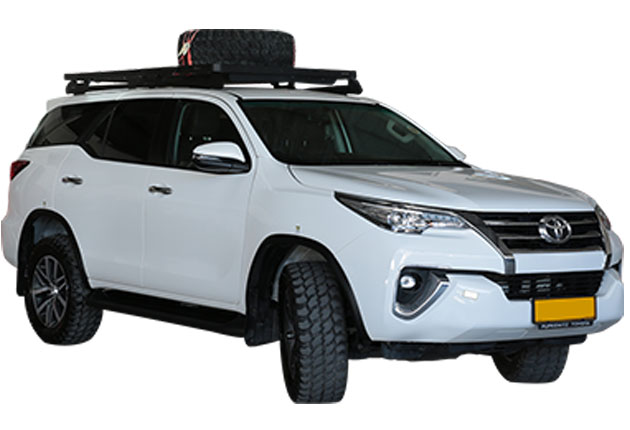 Autovermietung Namibia-Toyota-Fortuner2.8GD-4x4-Stationwagon-01
