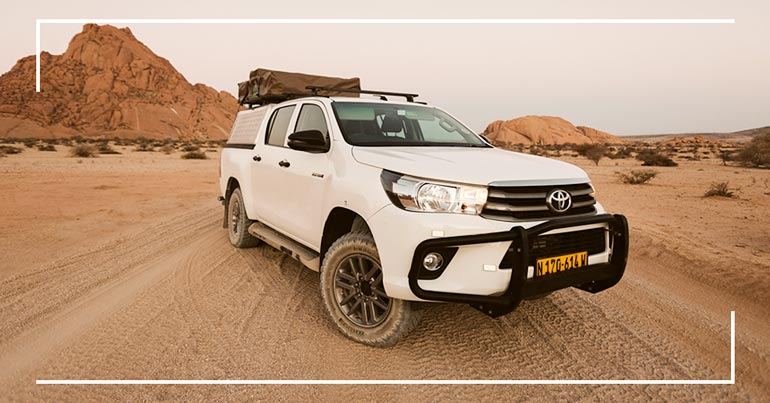 Autovermietung Namibia-Toyota-Hilux-2.4TD-4x4-Double-Cab-Automatic-Camping-4pax-05